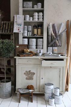 #vintagepaint #jdl Chalk Paint, Painted Furniture, Vintage, Creative, Kitchen, Stencils, Diy, Painting, Home Decor