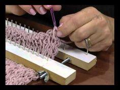 Loom Knitting Stitches, Loom Knitting Projects, Loom Crochet, Freeform Crochet, Loom Weaving, Tapestry Weaving, Crazy Girls, Recycle Plastic Bottles, Ear Warmers