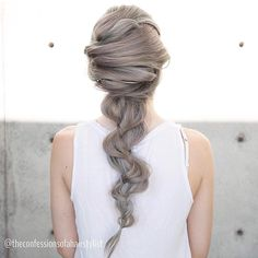 """""""New YouTube is up! I wanted to do something totally different so I created a crisscross mermaid braid. Link to full video in my IG profile today!! Modeled…"""""""