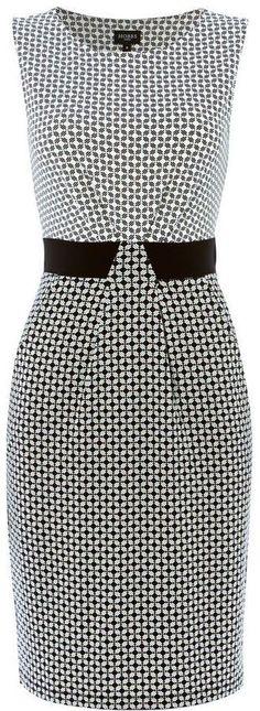 Hobbs Diamond geo dress, love the switched sides of the print Cute Dresses, Short Dresses, Dresses For Work, Summer Dresses, Dress Skirt, Dress Up, Work Fashion, Fashion Design, Work Attire
