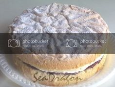 Feather-Light Sponge Cake with Jam & Cream Light Sponge Cake Recipe, Sponge Cake Recipes, Poke Cakes, Layer Cakes, Light Cakes, Strawberry Cakes, Cream Cheese Frosting, Food Photography, Cooking Recipes