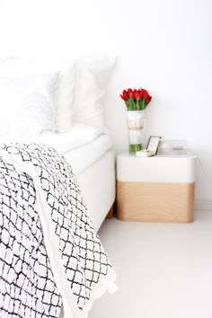 My winterhome   DesignBy blanket   Iittala Vakka boxes