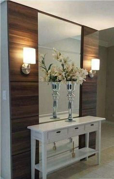 Check this, you can find inspiring Photos Best Entry table ideas. of entry table Decor and Mirror ideas as for Modern, Small, Round, Wedding and Christmas. Foyer Decorating, Interior Decorating, Home Decor Trends, Entryway Decor, Home Interior Design, Living Room Decor, Sweet Home, House Design, Garage Design