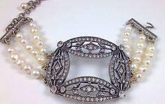 Swarovski Crystal White Pearl Bracelet http://stores.lauraleeds.com/swarovski-crystal-white-pearl-bracelet/LAURALEEDS.COM