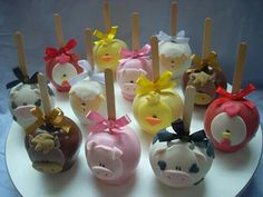 Farm apples Jojo Siwa Birthday Cake, Cow Birthday, Cowgirl Birthday, Animal Birthday, Farm Themed Party, Farm Party, Cake Pop Decorating, Cake Decorating Tutorials, Cake Pops