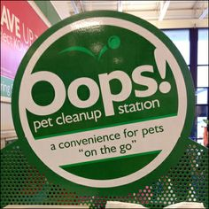Oops Pet Cleanup Station