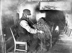 Shetland crofter making a kishie, a type of basket made out of straw or rushes. These had many uses including carrying peat or potatoes, sowing seeds and oats, and transporting goods to and from market. Old Pictures, Old Photos, Vintage Photographs, Vintage Photos, Scotland History, British Isles, The Past, Old Things, Black And White
