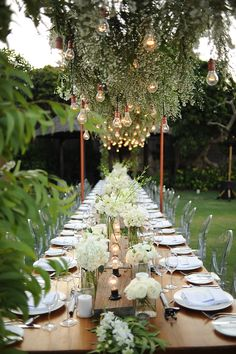 Greenery Wedding Ideas That Are Actually Gorgeous---greenery centerpieces with bulbls, garden wedding outdoor Lilac Wedding, Bali Wedding, Spring Wedding, Wedding Table, Destination Wedding, Wedding Flowers, Wedding Planning, Ghost Chair Wedding, Rustic Wedding