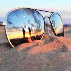 Why not enjoy the luxury of wearing UV Sunglasses to enjoy both protection and Beauty.