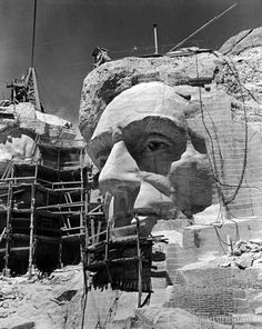 size: Photographic Print: Scaffolding around Head of Abraham Lincoln, Partially Sculptured During Mt. Rushmore Construction by Alfred Eisenstaedt : Artists Us History, American History, American Presidents, American Symbols, American Art, Old Pictures, Old Photos, Vintage Photos, Abraham Lincoln