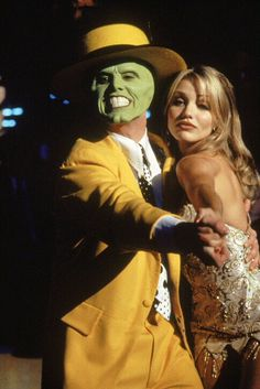 """""""Hold on, Sugar! Daddy's got a sweet tooth tonight!"""" - Jim Carrey - The Mask, and introducing Cameron Diaz. What a simply awesome film! Jim Carrey, Cameron Diaz The Mask, Love Movie, Movie Tv, O Maskara, The Mask Costume, The Truman Show, Dirty Dancing, Music Film"""