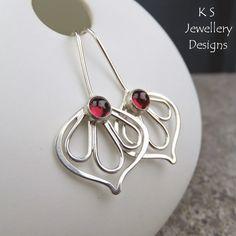 K S Jewellery Designs: Peeping Flowers