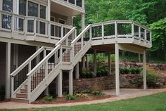 Deck with two landings on stairs. Good for steep or high decks