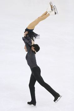 Yuko Kavaguti and Alexander Smirnov of Russia perform during the Ice Dancing-Pairs Free Skating on day two of the 2015 ISU World Figure Skating Championships at Shanghai Oriental Sports Center on March 26, 2015 in Shanghai, China. (March 25, 2015 - Source: Xiaolu Chu/Getty Images AsiaPac)