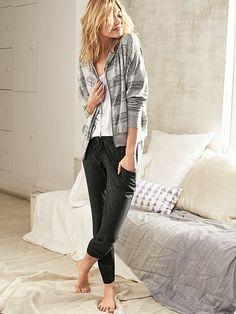 Meet the new It pant. | Victoria's Secret Jogger
