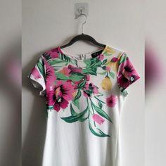 cdc37b3ecf FLORAL WHITE DRESS • White dress w/pink and yellow Zip - - Depop White