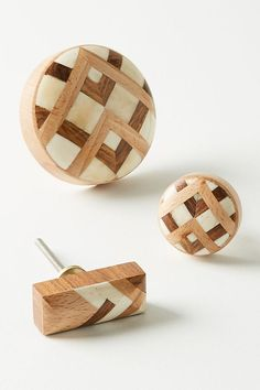 Slide View: 1: Marquetry Inlay Knob
