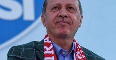 Es ist ein wegweisender Tag für die Türkei - und auch für Europa: In einem Referendum stimmt das Volk über die Einführung eines Präsidialsystems ab. Dieses würde die Machtbefugnisse von Präsident Recep Tayyip Erdogan weiter ausbauen. Alle News und Ergebnisse zum Türkei-Referendum finden Sie hier im Live-Blog.