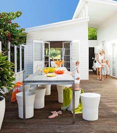 Coastal Style: 1950's Australian Beach Shack #architecture #hardware #design http://www.motherofpearl.com