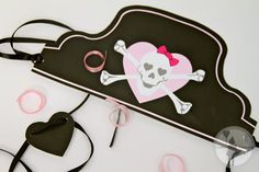 Pink Pirate Party Hat and Eye Patch (Printable Edition)....so cute!. Maybe do pink heart eyepaches