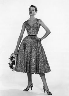 1950s dress fashion