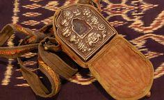 Tibetan Buddhist Amulet & Prayer Gau Ghao Box