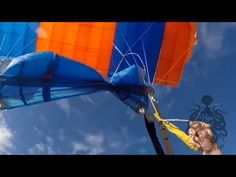 Hi all This video is crazy, the Skydiver in this footage had to make a choice on how to save her life. True Happiness, Skydiving, Save Her, You Videos, Bring It On, Reading, Life, Reading Books