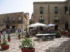 Piazza, Erice, Sicily