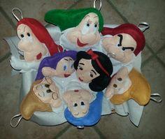 I sette nani pannolenci