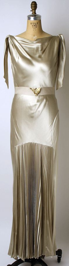 Evening dress: Silk
