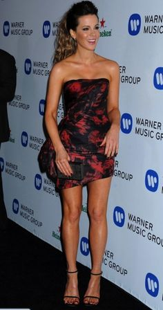 Kate Beckinsale at Warner Music Group Annual GRAMMY Celebration, Los Angeles January 2014 Beautiful Celebrities, Beautiful People, Beautiful Women, Kate Beckinsale Hot, Vestidos Sexy, Warner Music Group, 54 Kg, Lovely Legs, Nice Legs