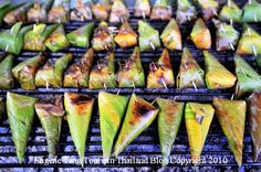 Desserts in Thailand – Thai Grilled Sticky Rice – Banana or Taro (Khao Niao Ping) | tourismthailand blog