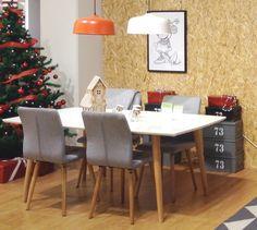 ELISE-ruokaryhmä 4 tuolilla Helsingin Lanternan myymälässä. #sisustus #sisustaminen #sisustusinspiraatio #askohuonekalut