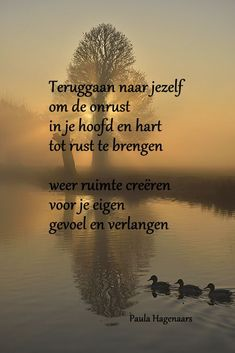 Gedichten Paula Hagenaars True Quotes, Best Quotes, Cool Words, Wise Words, Dutch Words, Dutch Quotes, Picture Quotes, Texts, Inspirational Quotes
