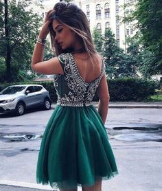 Green A -line Round Neck Tulle Short Prom