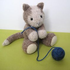 Animal toy knitting patterns: Cavendish Cat by amanda Berry
