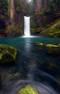 WANT TO:  Toketee Falls is a waterfall in Douglas County, Oregon, United States, on the North Umpqua River at its confluence with the Clearwater River. It is located approximately 58 miles (93 km) east of Roseburg near Oregon Route 138.