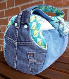 Taschenspieler 3 Sew Along - Zylindertasche Diy Jeans, Recycle Jeans, Diy Bags Purses, Jean Crafts, Bag Patterns To Sew, Denim Bag, Fabric Bags, Handmade Bags, Messenger Bag