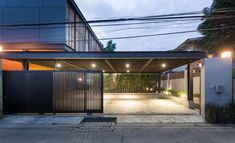 Image 27 of 42 from gallery of House / OfficeAT. Photograph by Rungkit Charoenwat Garden Architecture, Modern Architecture House, Architecture Plan, Residential Architecture, Car Porch Design, Garage Design, Garage Exterior, Dream House Exterior, Minimalist House Design