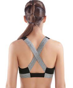 Soutien-gorge de sport V - OYSHO ! J'adore le dos croisé parfait pour plus de maintient !