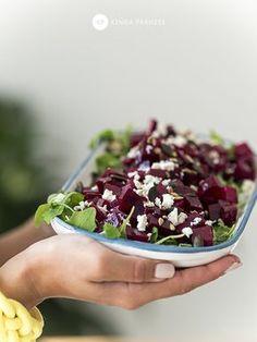 Sałatka z buraków ❤ - Ale Babka!!! i robi to co lubi:) Quinoa, Acai Bowl, Feta, Risotto, Salads, Food And Drink, Pizza, Snacks, Baking