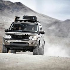 """Gefällt 1,895 Mal, 6 Kommentare - @landroverphotoalbum auf Instagram: """"The girls of @omadaadventure are steadily building one of the best #lr4 galleries anywhere. This is…"""""""