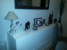 Dans la famille on aime les statues africaines. Mon chéri en a ramené quelques unes de ses voyages.