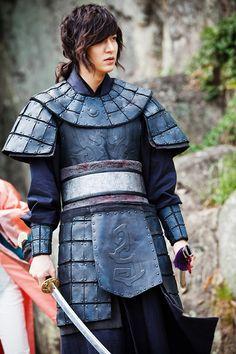 Lee Min Ho in The Faith making