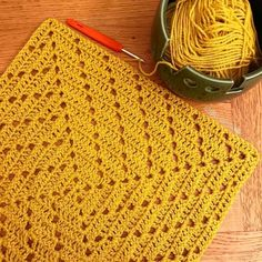 The Number One Marketplace to Buy Crochet Patterns Crochet Square Blanket, Granny Square Häkelanleitung, Crotchet Patterns, Granny Square Crochet Pattern, Crochet Blocks, Crochet Stitches Patterns, Crochet Afghans, Crochet Squares, Crochet Granny