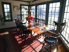 primitive colonial diningroom