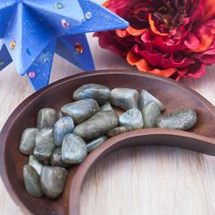 Labradorite Tumbled Gemstone Mineral by BelladeLunaDesigns on Etsy