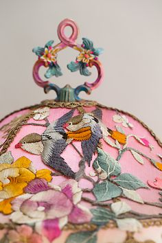 Antique pink Chinese table lamp with birds and flowers holds a custom, hand-dyed Pink Chinoiserie Garden silk lampshade. The shade is ombré Chinese Embroidery, Ribbon Embroidery, Embroidery Designs, Chinoiserie Chic, Asian Decor, Textiles, Fabric Wallpaper, Vintage Fabrics, Decorative Accessories