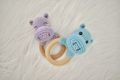 Crochet Hippo, Crochet Baby Toys, Crochet For Kids, Baby Knitting, Free Crochet, Wooden Teething Ring, Crochet Dolls Free Patterns, Yarn Bag, Crochet Instructions