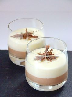Makkelijke dubbele chocolademousse - My Simply Special foodtruckdesserts Food Truck Desserts, Köstliche Desserts, Delicious Desserts, Chocolate Desserts, Sweet Recipes, Snack Recipes, Dessert Recipes, Cooking Recipes, Punch Recipes